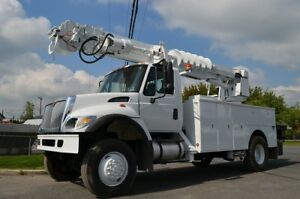 2006 International 7300 nacelle
