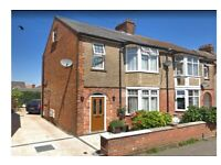 Impressive 6 bedrooms semi-detached house available to rent in Edgware HA8