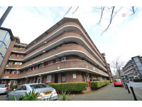 Prime Location! Beautiful newly refurbished 2 bed Flat with Balcony near Victoria Park for £360p/w