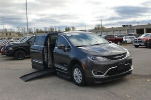 2017 Chrysler Pacifica Touring L - Mobility, Side Entry, Power F