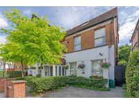 ***Newly Refurbished Studio Apartment -Hampstead ***