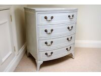 Lovely 'French vintage' style chest of drawers