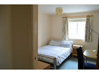Double bed en-suite bedroom on shared flat to rent