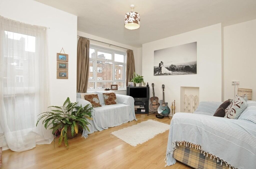 2 Bedroom Flat £1400pcm Close to Putney Available 6th January
