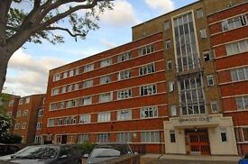 In the heart of West Putney is this fantastic third floor studio apartment for rent