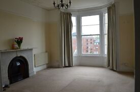Hall floor flat, 2 double bedrooms, close to Whiteladies Road