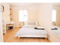 Perfect 2 bed flat! Ideal location beside Waterloo in Zone 1 London! A MUST SEE!