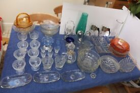 Glassware, kitchen, glasses, cake stands, bowls etc. X 50 pieces.