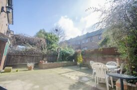 Lovely & bright 4 bedroom 2 bathroom house -large garden & parking - E14 Sextant avenue Isle of dogs