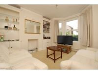 EARLS - A good size ground floor conversion flat to rent in Earlsfield