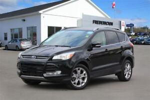 2016 Ford Escape TITANIUM! AWD! LEATHER! SUNROOF! NAV!