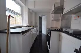 Well-proportioned 4 Double Bedroom Student House in Selly Oak 2016 - 2017