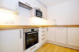 A stunning recently refurbished one bedroom flat to rent in this period Regency building