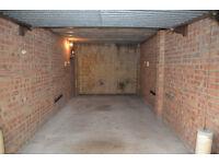 Secure lock up garage/storage W14