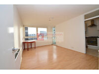Prime location! Lovely 3 bed flat over two floors in Hoxton for £2,000p/cm WORTH A VIEWING