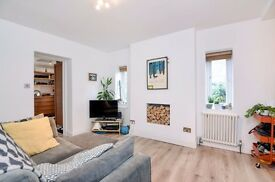 *** Beautifully presented first floor flat, Clifton Road, Crouch End, N8 ***