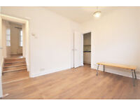 W3: Bright One Bedroom Flat in Acton Central