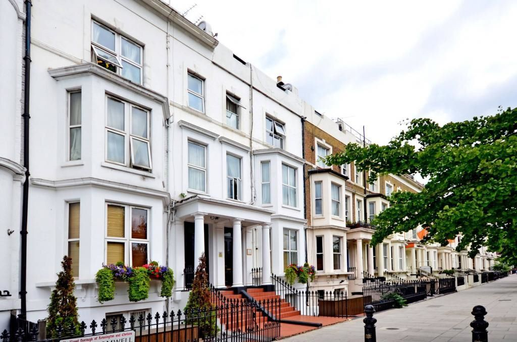 ***Earls Court*** - Amazing, Homely Studio Apartment with Garden