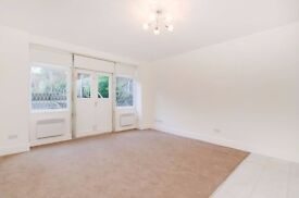 Refurbished one bedroom flat in period conversion, St John's Wood - Finchley Road NW8
