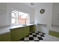 Beautifully finished Kensington Victorian property close to city centre - All Bills included £390pm