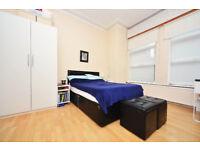 381N-FULHAM- NEWLY REFURBISHED MODERN ONE BEDROOM FLAT, FULLY FURNISHED, BILLS INCLUDED - £280 WEEK
