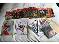 Assorted Rugby World Magazines and 1999 World Cup official handbook.