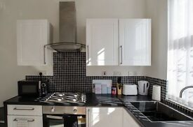 2 Bed Modern house Holbeck LS11 near City Centre - Fully Furnished - includes wifi