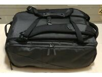 "selling NOMATIC TRAVEL BAG THE MOST FUNCTIONAL TRAVEL BAG EVER 14x 9x 21"" £125"