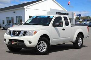 2015 Nissan Frontier SV! V6! 4X4! LOADED! NEW TIRES!