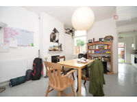 ***Manor Park E12 -- Stunning 3 Bed House + Garden -- Only £380.76p/w -- Call Now!!!***