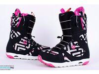 Brand new Burton snowboarding boots and bindings - ladies/girls UK size 5