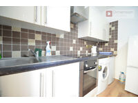 Hackney E5 ---- LOWER CLAPTON ---- Fantastic 1 Bed Flat With Patio --- ALL BILLS INC. --- £277pw--