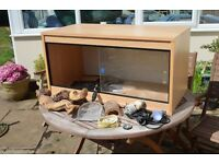 Reptile Vivarium 36 x 18 inches - Comes with heat & UV lamps, heat mats and accessories