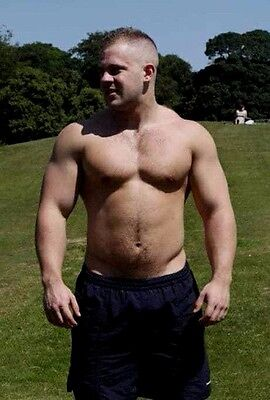 Shirtless Male Beefcake Muscular Beefy Physique Hunk Man Guy PHOTO 4X6 D733