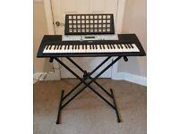 Yamaha YPT-200 Keyboard with stand