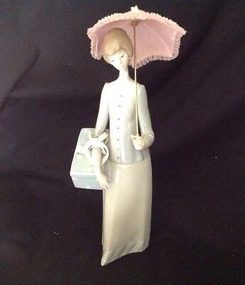 "Lladro Figurine #4700 Woman Dressmaker W/ Parasol 14.5"" Retired Girl"