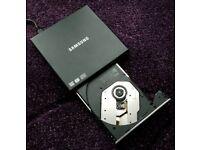 External DVD Drive - Samsung External DVD Writer Model SE-S084
