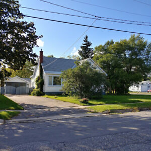 OPEN HOUSE - 345 Elizabeth St., Sun. Sept. 10, 1:00-3:00 p.m.