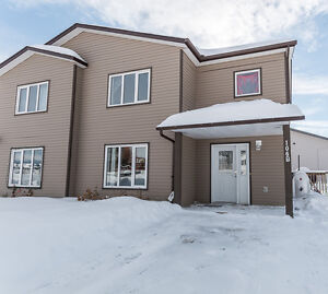 UNDER OFFER -106B North Star Drive-RE/MAX®-Felix Robitaille