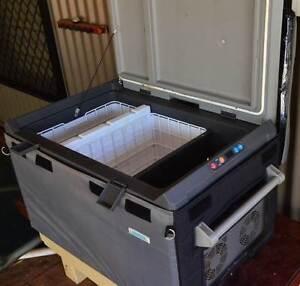 Fridge Freezer 80 litre 12v/24v with insulating cover Broome Broome City Preview