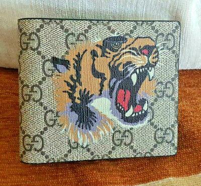 Gucci GG Beige Supreme Tiger Print Animal Bifold Wallet - Card Wallet