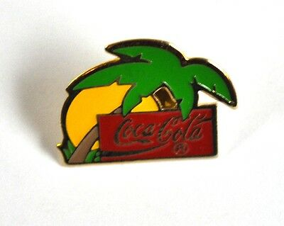 Coca Cola Coke USA Lapel Pin Button Badge Anstecknadel - Palme Sonne