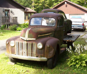 1946 Ford Flat-bed Pickup