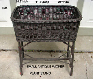 SMALL ANTIQUE WICKER PLANT STAND