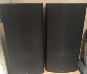 Boston Acosutics CR9 Compact Reference Speakers.  Rare Classic.