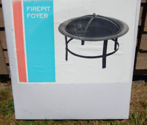 WOOD BURNING FIREPIT / FIRE PIT NEW IN BOX