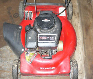 good working gas murray lawnmower.Briggs and Stratton