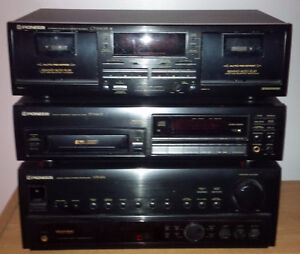 Pioneer VSX-454 stereo receiver plus more