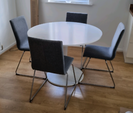 FOR SALE - Table & 4 Chairs