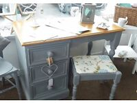 Dressing table/desk and stool - Furniture